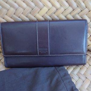 Coach Dark Brown Leather HamiltonTrifold Wallet